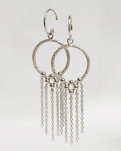Muja Juma - Oorbel - zilver- Fancy strings - cirkel