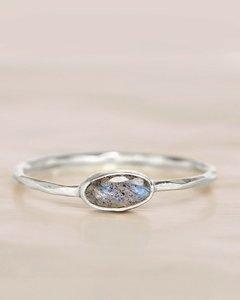 Muja-Juma - Ring - zilver - labradoriet - maat 52